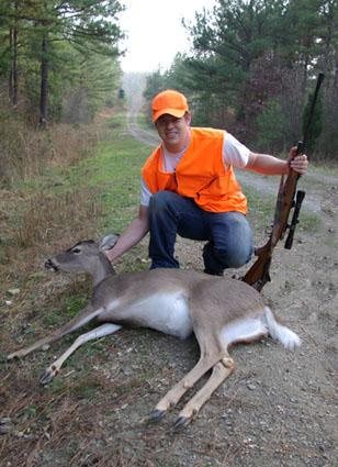 deer hunting cleaning eating