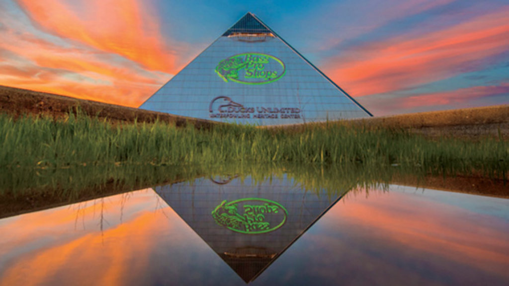 Memphis Pyramid Seeks Old Glory With New Bass Pro Shops