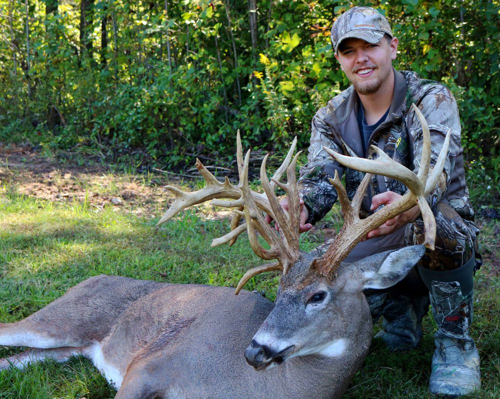 4 Giant 2018 Bow Bucks | Grand View Outdoors